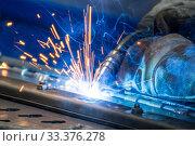 Bright welding sparks. Стоковое фото, фотограф Дмитрий Тищенко / Фотобанк Лори