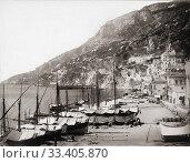 Купить «Amalfi harbour in the late 19th century. After a work by German photographer Giorgio Sommer, 1834 -1914.», фото № 33405870, снято 21 февраля 2020 г. (c) age Fotostock / Фотобанк Лори