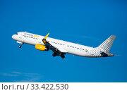 Купить «Takeoff of Vueling Airbus EC-MJR from El Prat Airport», фото № 33422530, снято 2 февраля 2020 г. (c) Яков Филимонов / Фотобанк Лори