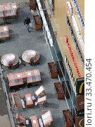 Купить «Балашиха, закрытый Макдональдс в дни самоизоляции при Коронавирусе», эксклюзивное фото № 33470454, снято 1 апреля 2020 г. (c) Дмитрий Неумоин / Фотобанк Лори