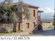 Купить «The old, stone house close-up», фото № 33486578, снято 12 марта 2020 г. (c) Татьяна Ляпи / Фотобанк Лори