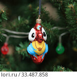 Елочная игрушка. Попугай. Стоковое фото, фотограф Denis Kh. / Фотобанк Лори