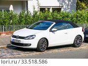 Купить «Volkswagen Golf», фото № 33518586, снято 19 сентября 2019 г. (c) Art Konovalov / Фотобанк Лори