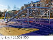 Купить «Закрытая детская спортивная площадка во время эпидемии коронавируса, Россия, Королев», фото № 33559950, снято 15 апреля 2020 г. (c) chaoss / Фотобанк Лори