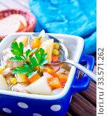 Купить «Fresh soup», фото № 33571262, снято 10 июля 2020 г. (c) age Fotostock / Фотобанк Лори