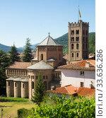Monastery of Santa Maria in town of Ripoll, Spain (2017 год). Стоковое фото, фотограф Яков Филимонов / Фотобанк Лори