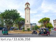 Khan Clock Tower на городской площади крупным планом. Коломбо, Шри-Ланка. Редакционное фото, фотограф Виктор Карасев / Фотобанк Лори