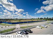 Купить «Aerial drone view parking lot with many cars», фото № 33654778, снято 9 июля 2020 г. (c) Ольга Сапегина / Фотобанк Лори