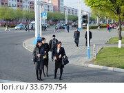 Купить «Pyongyang, North Korea. Street scene», фото № 33679754, снято 29 апреля 2019 г. (c) Знаменский Олег / Фотобанк Лори
