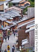 Tourists shopping street Matsubara-Dori, the view from above. Kyoto. Japan. Редакционное фото, фотограф Serg Zastavkin / Фотобанк Лори