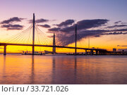 SAINT-PETERSBURG, RUSSIA, MAY 28, 2018: Skyscraper Lahta center on the shore of the Gulf of Finland at sunset. Designed by award winning British Architect Tony Kettle. The Europe s highest tower. Редакционное фото, фотограф Алексей Ширманов / Фотобанк Лори