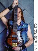 Гитарист (2018 год). Редакционное фото, фотограф Наталья Иванова / Фотобанк Лори