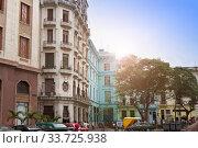 Купить «Old colonial house in Havana, Cuba», фото № 33725938, снято 27 января 2013 г. (c) Вознесенская Ольга / Фотобанк Лори