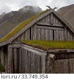 Купить «Wikingerdorf, Filmkulisse am Berg Vestrahorn, Bucht Hornvik, Suedostisland, Island, Europa», фото № 33749354, снято 2 июня 2020 г. (c) age Fotostock / Фотобанк Лори