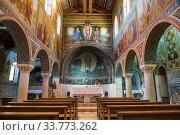 Interior of the Church of St. Stephen in the Catholic monastery of Beit Jamal. Israel (2018 год). Редакционное фото, фотограф Наталья Волкова / Фотобанк Лори