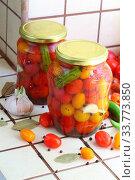 Купить «Cherry tomatoes canned.», фото № 33773850, снято 17 мая 2020 г. (c) Марина Володько / Фотобанк Лори