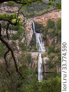 Waterfall in Sant Miquel del Fai (2018 год). Стоковое фото, фотограф Яков Филимонов / Фотобанк Лори