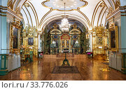 The interior of St. Nicholas naval Cathedral in St. Petersburg, one of the most striking monuments of the Elizabethan Baroque. Russia (2019 год). Редакционное фото, фотограф Наталья Волкова / Фотобанк Лори