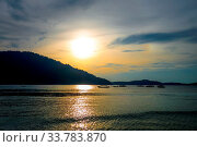 Teluk Pauh beach at sunset in Perhentian Islands, Malaysia. Стоковое фото, фотограф Zoonar.com/Laurent Davoust / age Fotostock / Фотобанк Лори