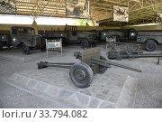 Купить «North Korea, Pyongyang. Armored car», фото № 33794082, снято 1 мая 2019 г. (c) Знаменский Олег / Фотобанк Лори