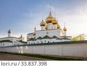 Купить «Углич, Воскресенский монастырь», фото № 33837398, снято 9 мая 2019 г. (c) Юлия Бабкина / Фотобанк Лори