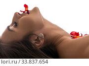 Купить «Brunette in the nude in bed profile view», фото № 33837654, снято 15 мая 2020 г. (c) Гурьянов Андрей / Фотобанк Лори