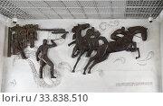 """Москва, горельеф на стене станции метро """"Беговая"""" (восточный вестибюль) (2020 год). Редакционное фото, фотограф Dmitry29 / Фотобанк Лори"""