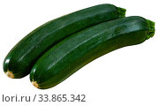 Купить «Raw green zucchini», фото № 33865342, снято 5 августа 2020 г. (c) Яков Филимонов / Фотобанк Лори