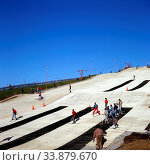 Ski Slope, Becton Alps, Newham, London, England. Стоковое фото, фотограф Alex Bartel / age Fotostock / Фотобанк Лори