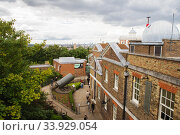LONDON, UK - AUGUST 19, 2017 - Royal Observatory in Greenwich park, London. Редакционное фото, фотограф Nataliia Zhekova / Фотобанк Лори