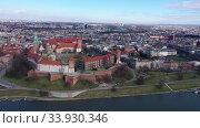 Купить «Wawel castle at Vistula river in Poland», видеоролик № 33930346, снято 11 марта 2020 г. (c) Яков Филимонов / Фотобанк Лори