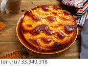 Купить «Chiffon pie with apples», фото № 33940318, снято 15 июля 2020 г. (c) Яков Филимонов / Фотобанк Лори