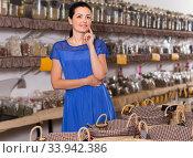 Купить «young female posing in eco market natural food», фото № 33942386, снято 13 июня 2017 г. (c) Яков Филимонов / Фотобанк Лори
