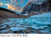 Купить «Mount Edith Cavell, glacier lake, Jasper National Park, Rocky Mountains, Alberta, Canada», фото № 33970442, снято 11 июля 2020 г. (c) age Fotostock / Фотобанк Лори