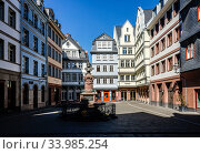 New Old Town, Frankfurt am Main, Hesse, Germany. Редакционное фото, агентство Caro Photoagency / Фотобанк Лори