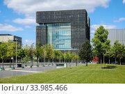 ThyssenKrupp headquarters, Essen, Ruhr area, North Rhine-Westphalia, Germany. Редакционное фото, агентство Caro Photoagency / Фотобанк Лори