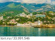 Купить «Южный берег Крыма. Вид с моря на Ялту», фото № 33991546, снято 5 июня 2019 г. (c) Megapixx / Фотобанк Лори