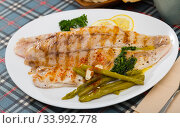 Roasted perch fish fillet. Стоковое фото, фотограф Яков Филимонов / Фотобанк Лори