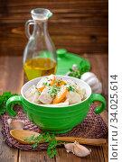 Купить «Meat with vegetables and pasta», фото № 34025614, снято 10 июля 2020 г. (c) easy Fotostock / Фотобанк Лори