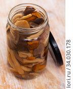 Купить «Assorted marinated mushrooms in glass jar», фото № 34030178, снято 11 июля 2020 г. (c) Яков Филимонов / Фотобанк Лори