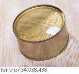 Купить «Tin can with foil lid», фото № 34038438, снято 5 июля 2020 г. (c) Яков Филимонов / Фотобанк Лори