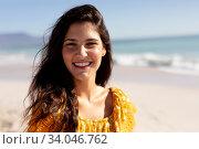 Купить «Caucasian woman standing on the beach», фото № 34046762, снято 25 февраля 2020 г. (c) Wavebreak Media / Фотобанк Лори