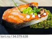 Купить «Baked salmon steak with broccoli», фото № 34079638, снято 11 июля 2020 г. (c) Яков Филимонов / Фотобанк Лори