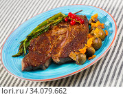 Photography of plate with beef entrecote with mushroom and asparagus. Стоковое фото, фотограф Яков Филимонов / Фотобанк Лори