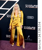 Lindsey Vonn at the Los Angeles premiere of 'Charlie's Angels' held at the Regency Village Theater in Westwood, USA on November 11, 2019. Стоковое фото, фотограф Zoonar.com/Lumeimages.com / age Fotostock / Фотобанк Лори