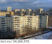 Девятиэтажный четырёхподъездный панельный жилой дом серии II-49Д, построен в 1973 году. Уссурийская улица, 1, корпус 4. Район Гольяново. Город Москва (2012 год). Стоковое фото, фотограф lana1501 / Фотобанк Лори