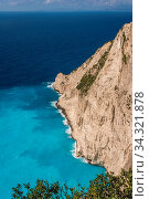 View of the cliffs near Shipwreck Cove in summer on Zante Island, Greece. Стоковое фото, фотограф Zoonar.com/Pawel Opaska / easy Fotostock / Фотобанк Лори