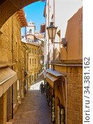 Street in San Marino. Стоковое фото, фотограф Роман Сигаев / Фотобанк Лори