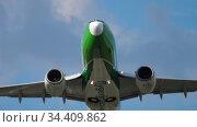 Germania Boeing 737 departure (2017 год). Редакционное видео, видеограф Игорь Жоров / Фотобанк Лори