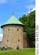 Munk's tower of Akershus Fortress  (1559) in summer. Oslo (2016 год). Редакционное фото, фотограф Валерия Попова / Фотобанк Лори